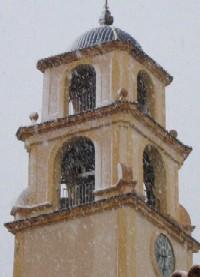 Torre amb neu
